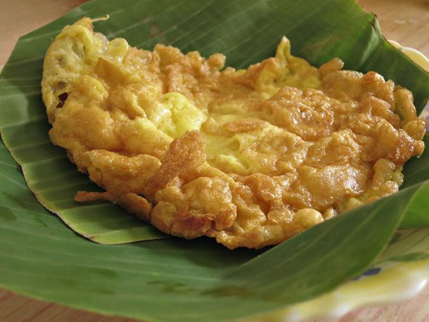 Thai-Style Omelet (Khai Jiao) from Serious Eats. http://punchfork.com/recipe/Thai-Style-Omelet-Khai-Jiao-Serious-Eats