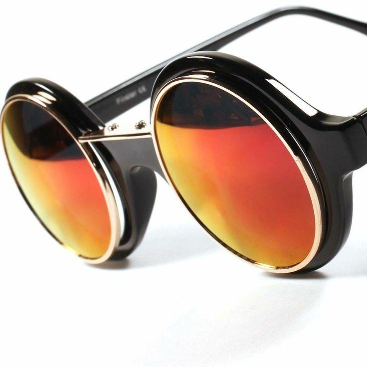 Old school oakley sunglasses pics for Intemporel def