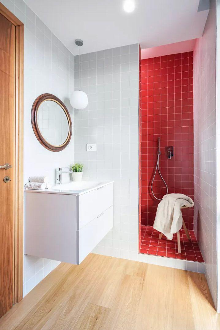 50 Idee Per Ristrutturare Un Bagno Piccolo Moderno E Funzionale Small Bathroom Bathroom Master Bathroom Vanity