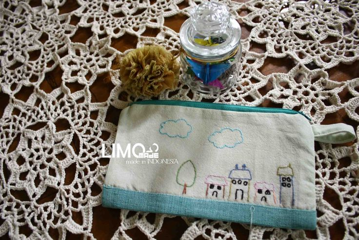 Many Homes | 30K | bahan : kain belacu | check this limo-made.blogspot.com #handmade #pouch #limitededition #semarang #indonesia #limomade