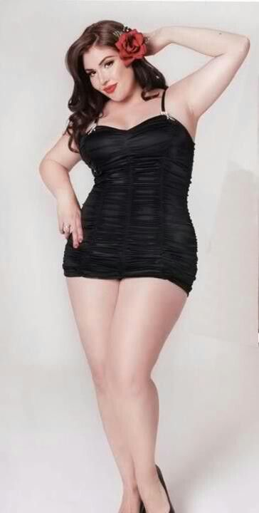 Hell bunnys plus size pin ups styles. I could totally rock a pin up shoot.
