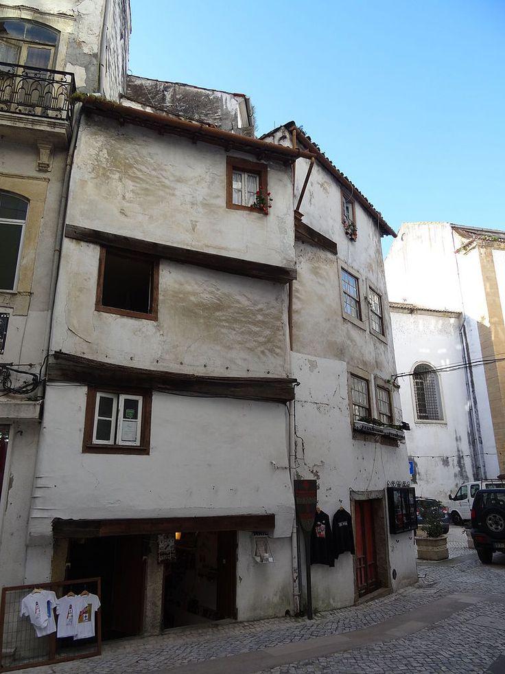 "Medieval houses ""sobrado"" in Coimbra"