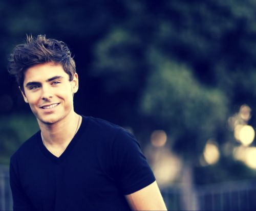 Mmm.. Zac Efron.. you don't know it yet.. but one day.. We will be husband and wife :)