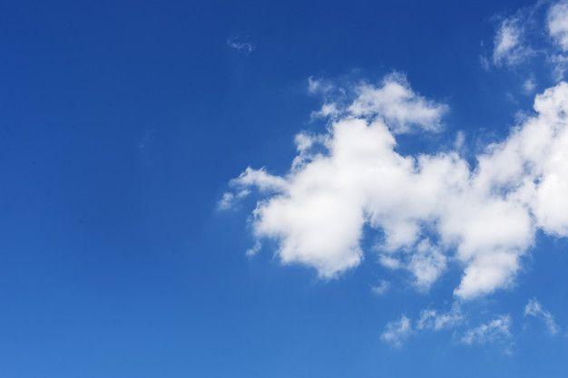 Fondo De Pantalla De Nubes En El Cielo A Free Photo Freepik Freephoto Fondo Sol Y Nubes Fondo De Pantalla De Nubes Nubes Cielo Azul