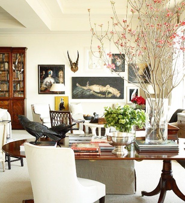 Collected elegance. Via @robertbrownid  #decorate #design #interior #chinoiserie #interiors #decorate #home #chic #classic #traditional #modern #eclectic #elegantes #interiordecor #styling #homedecor #homestyling #styling #interiorstyling #antique #vintagechic #vintagehome #furniture #designer #housedesign #homedecorating #decorate #gallerywall #art #rooms #archtiecturaldigest by mariaclaireinteriors