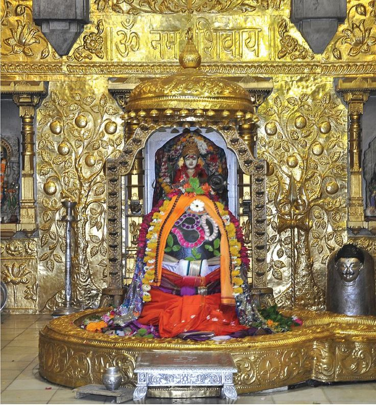 The #Somnath #temple is one of the twelve most sacred shrines dedicated to the Lord #Shiva The temple came to be known as exceptionally auspicious--people suffering from incurable diseases were reported cured after simply touching the #linga. #travelblog #holiday #tourism #travel #IncredibleIndia