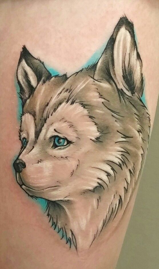 23 best small wolf tattoos images on pinterest small wolf tattoo wolf tattoos and design tattoos. Black Bedroom Furniture Sets. Home Design Ideas