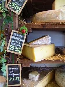 Un peu de fromage?  #Frankrijk #Vakantie #Vakantiehuizen