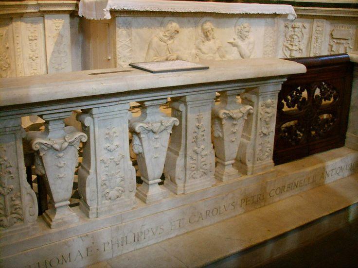 Santo Spirito, andrea sansovino, altare del sacramento, balaustra del 1642 - Category:Santo Spirito (Florence) - Interior - Wikimedia Commons