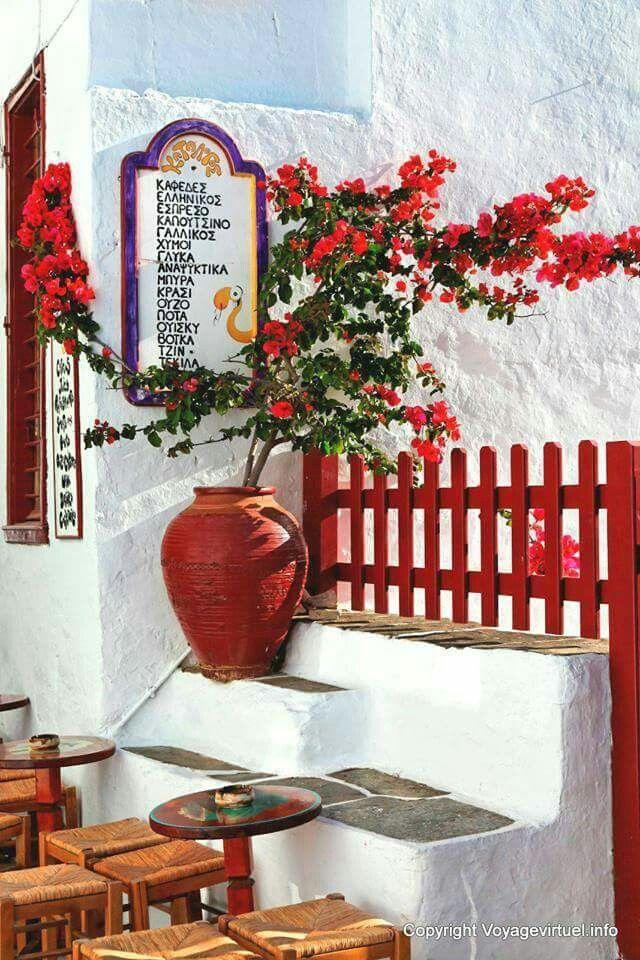 Lovely little cafe in Sifnos, Greece