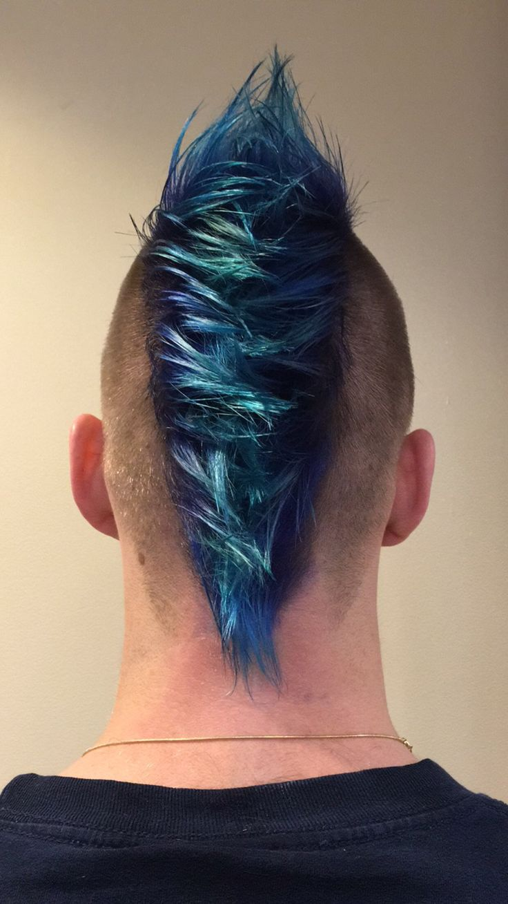 Men's Mohawk with shades of blue