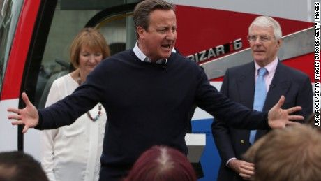 British politicians make crucial final pitches to a bitterly divided electorate to persuade undecided voters of the merits of remaining in or leaving the European Union.