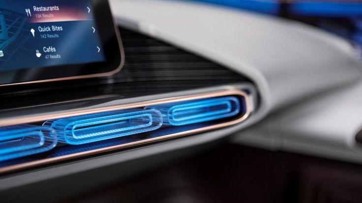 Mercedes präsentiert das Cockpit der Zukunft