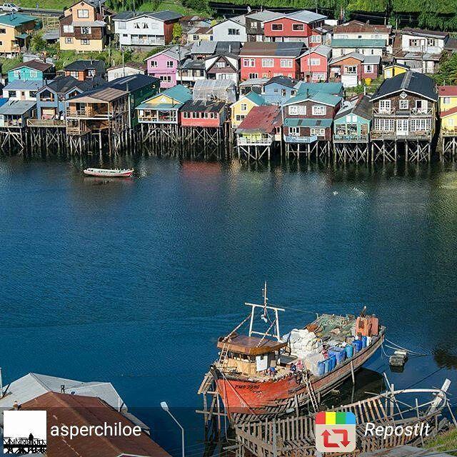 Barrio #gamboa #castro #chiloe  #Chile #verano2016 #vacaciones foto @asperchile by promocion.turismochile