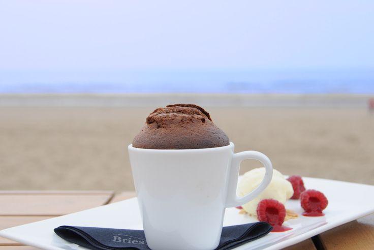 Pure chocolade brownie met witte chocolademousse - Briesnoordwijk