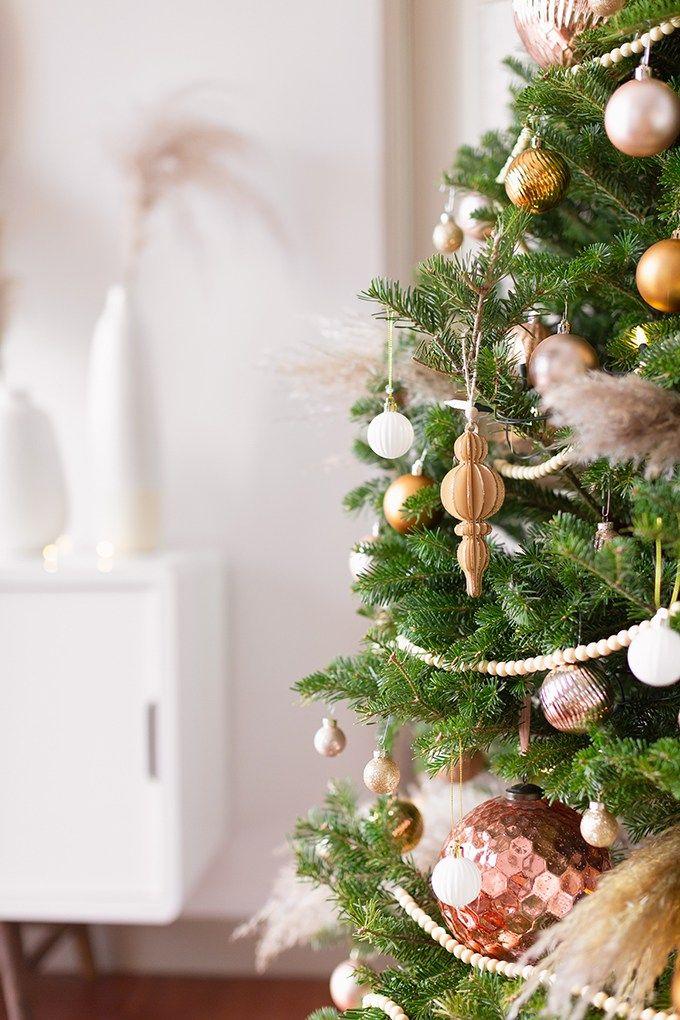 Apartment Friendly Modern Holiday Decor Justinecelina Holiday Decor Modern Holiday Decor Holiday