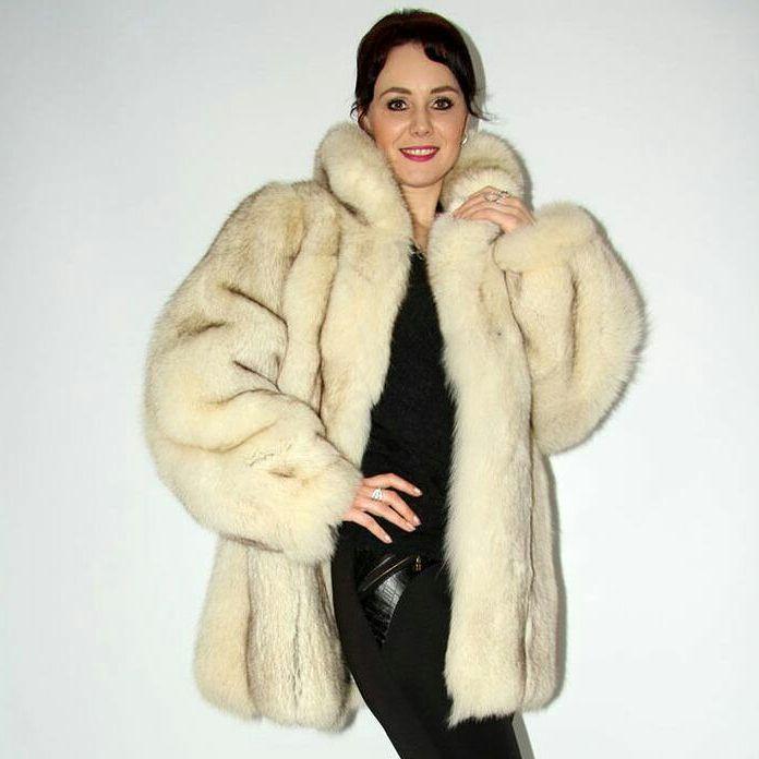 Follow my page for more if you love fur! I daily post:) 💕 #fur  #furfashion  #follow ❤️ #trends  #sylt 💖 #pels  #winterfashion #pelt  #rich  #fotoshooting  #pelliccia ❤️ #pelz 💖 #pelzmode  #pelzmantel  #pelzjacke  #style  #furlove 💖 #Russia #america  #followme  #fourrure ❤️ #beauty  #luxury  #luxus  #Fashionweek  #collection ❤️ #instastyle  #instalove 💕