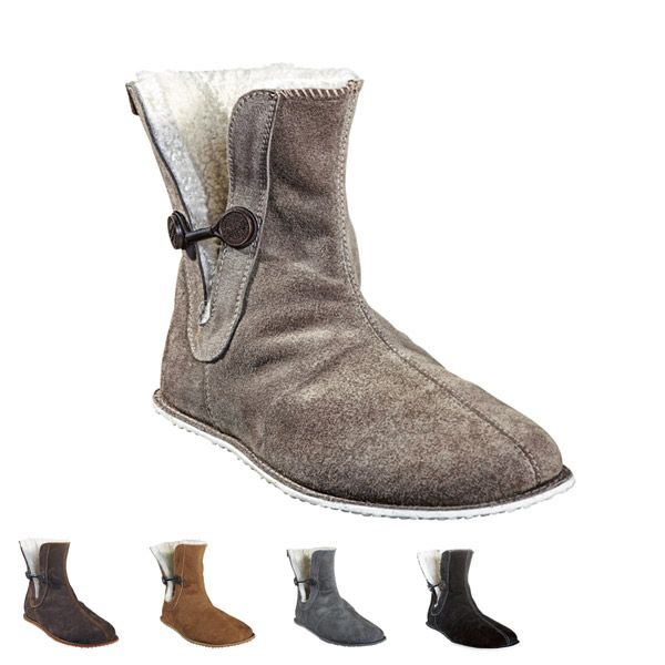 Sheepskinn slippers designed for #shepherd Fårskinnstofflor #oddbirds Jolina