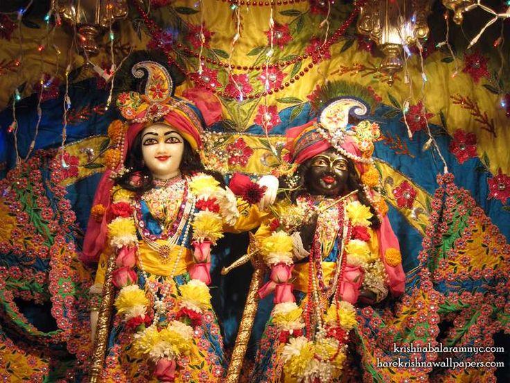 http://harekrishnawallpapers.com/sri-sri-hari-haladhari-close-up-queen-wallpaper-002/