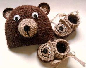 Sapatinho e touca urso marrom