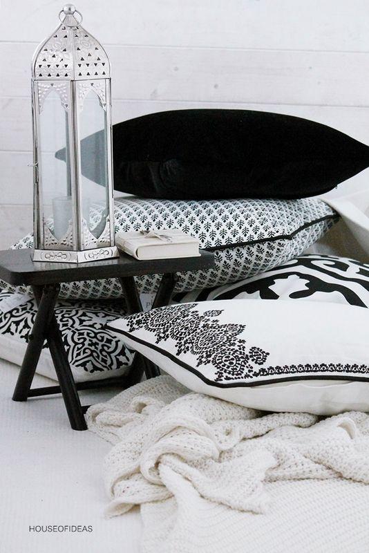 HOUSE of IDEAS blackwhite pillow http://www.houseofideas.de/epages/63830914.sf/en_US/?ViewObjectPath=%2FShops%2F63830914%2FCategories%2F%22PB%20home%22