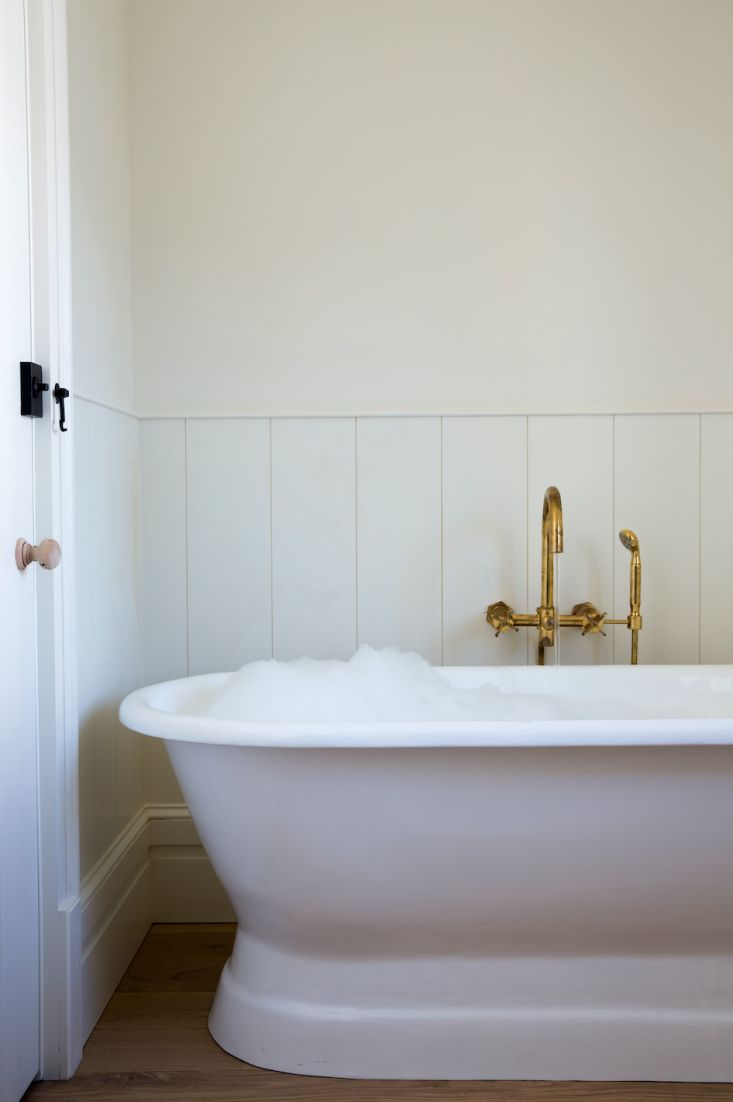 Refresh The Look Of Your Master Bathroom With Some Simple Decor And A Fresh  Paint Color