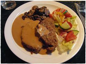 Söndagsmiddagen blev en underbart god  köttfärslimpa   med stekta champinjoner  och en smarrig sås.   Lyckades över förväntan bra med både ...