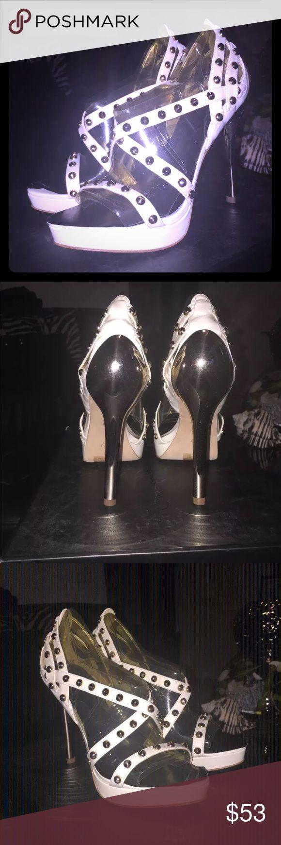 NWT! Report Signature Kass white patent heels sz 6 NWT! Report Signature Kass white patent gold stud heels sz 6. Excellent condition! Report Signature Shoes Heels