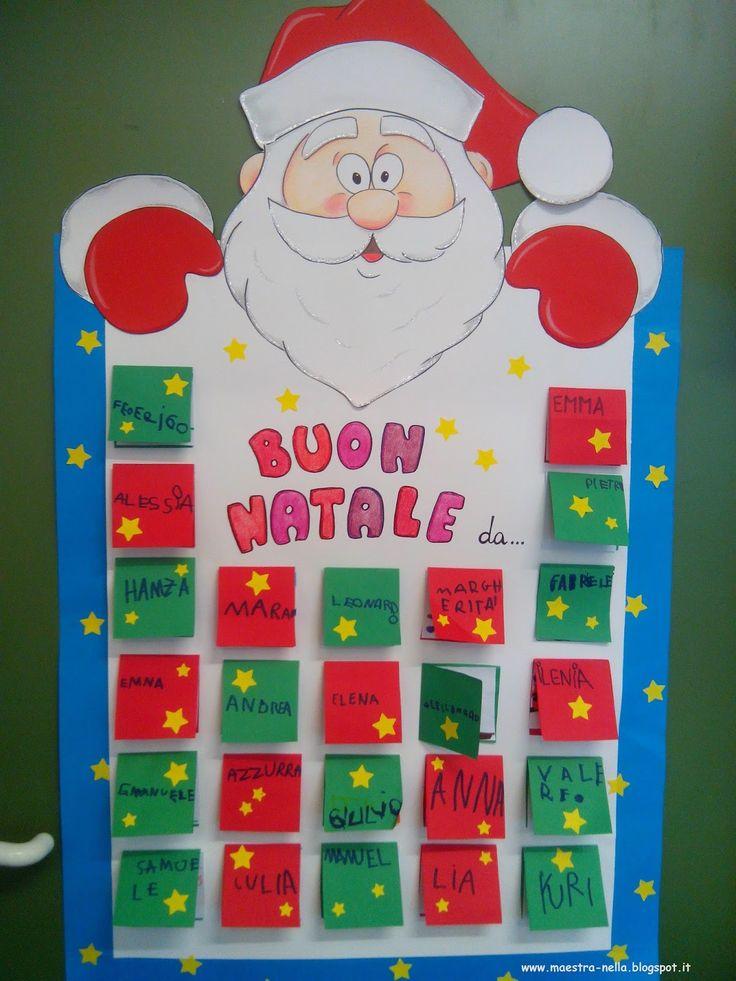Advent Calendar Preschool : Maestra nella cartellone babbo natale