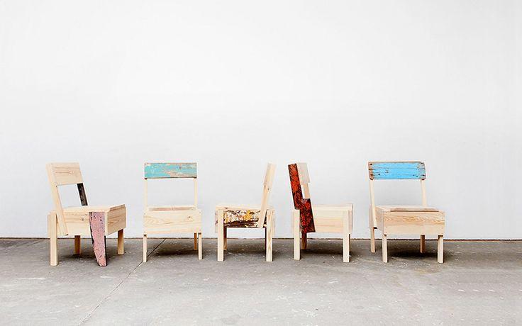 Fábrica de móveis, associação e programa educacional criado em Berlim (Alemanha) para refugiados, produz mobiliário do designer Enzo Mari. Conheça Cucula