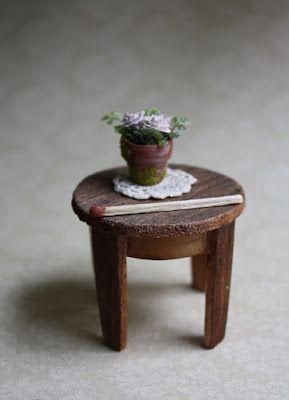 Lasituvan Miniatyyrit - Lasitupa Miniatures: DIY: Biedermeier pöytä 1/12