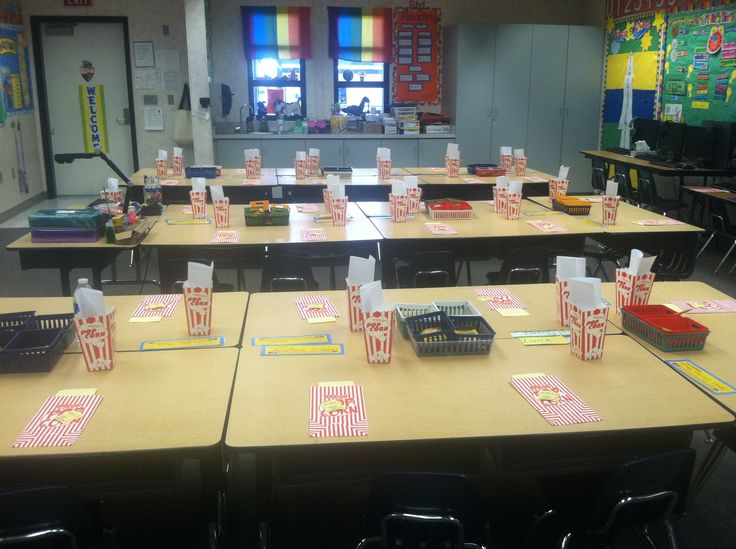 Kindergarten Classroom Design Pictures ~ I decided on a movie theme for back to school night