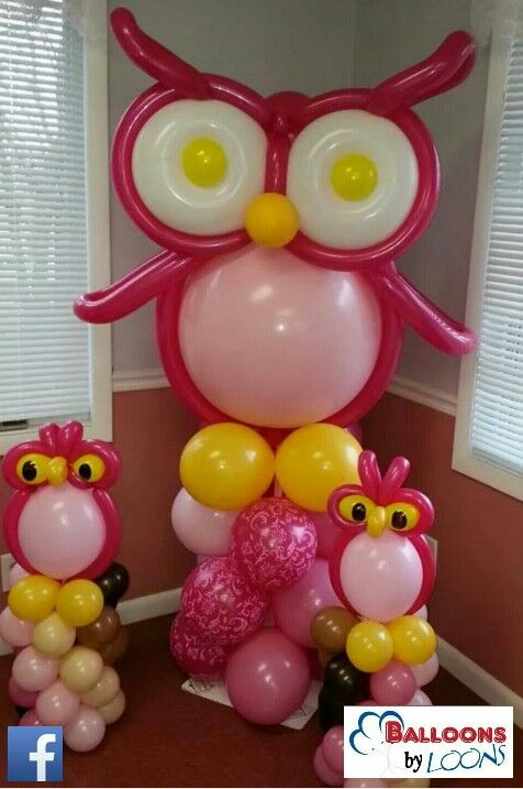 Owl balloon sculptures by Balloons by Loons