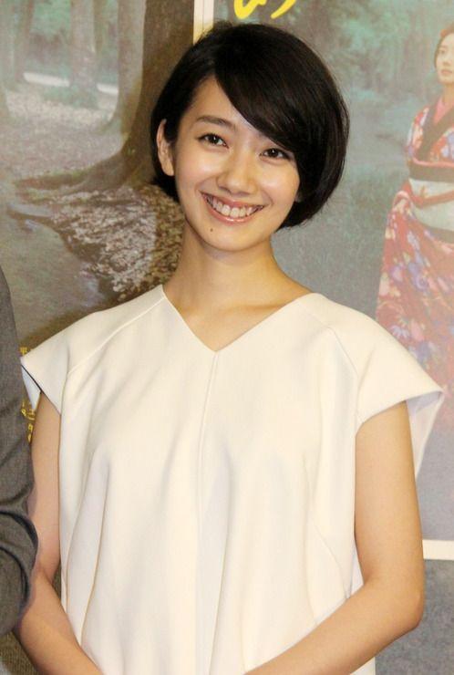 女優の波瑠さんが1日、NHK放送センター(東京都渋谷区)で開催された主演のNHK連続テレビ小説(朝ドラ)「あさが来た」 の第1週の試写会に登場した。波瑠さんは...
