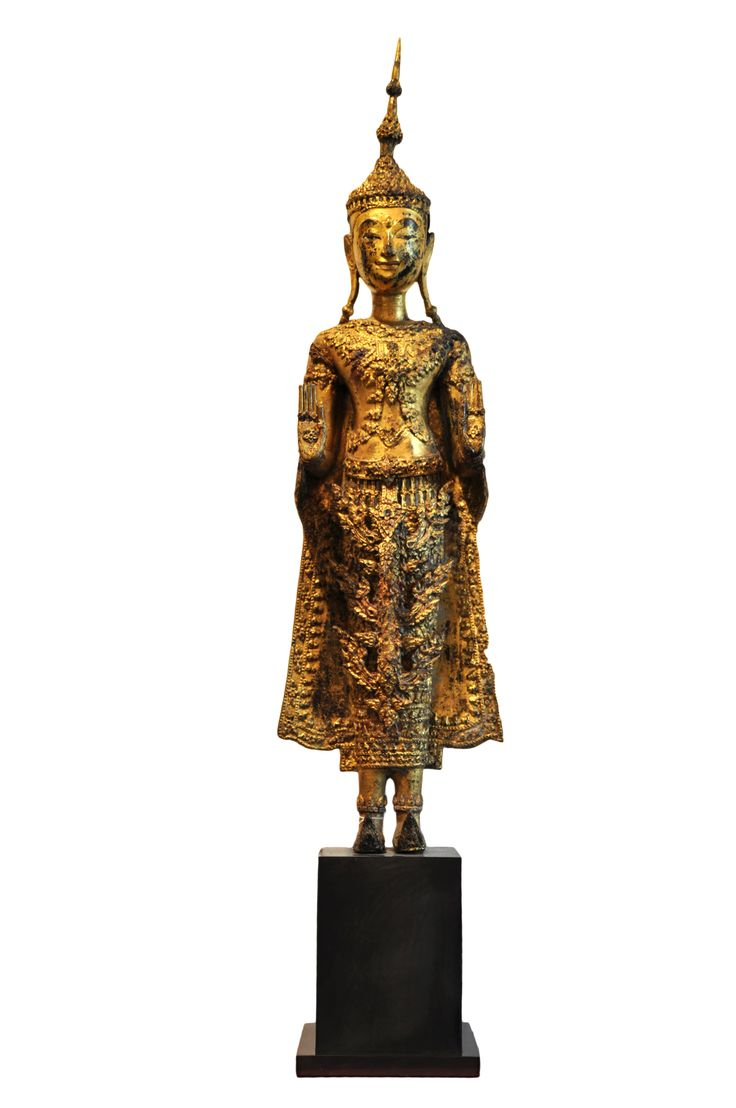 Bronze standing Buddha. Thailand, 19th century (Rathanasokin period), made of bronze. For more information about this and other amazing Asian/Buddhist antique products, please visit our website: www.sat-nam-art.com