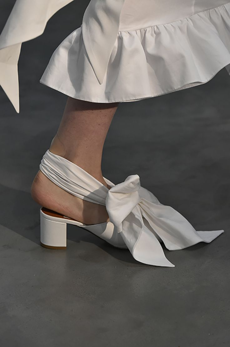 MOTHER OF PEARL SHOES as seen on the Spring Summer 18 catwalk. #motherofpearl #pearlyqueen #ss18 #shoes