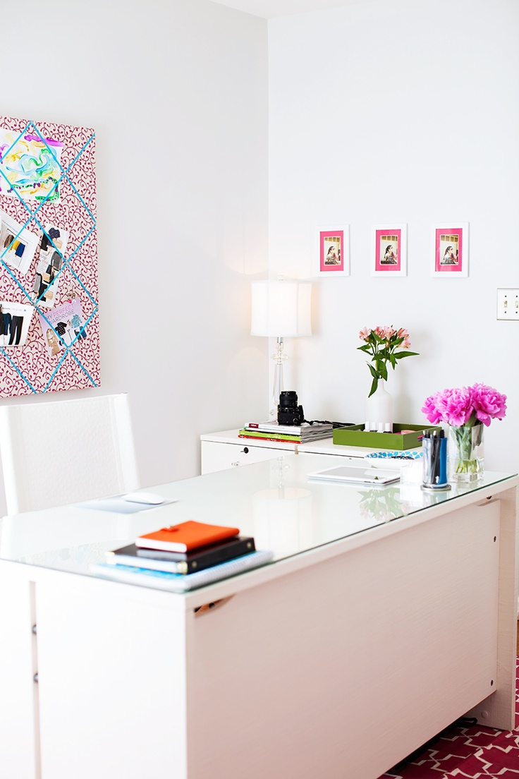 pops of color with pretty bulletin boards
