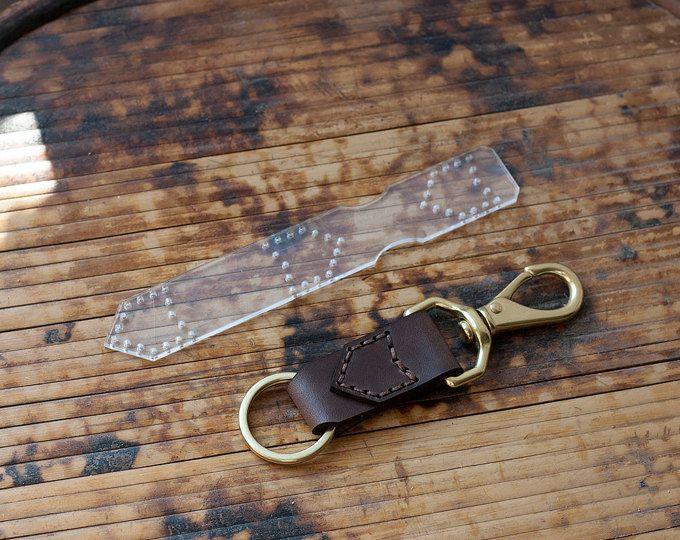 cbf234da0 Folded Leather Minimalist Wallet Acrylic Template - Leathercraft ...