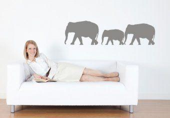 Wandtattoo Elefanten - die Elefantenherde bringt den Zauber und die Atmosphäre von Afrika nach Hause