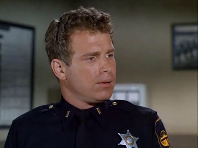 The Invaders: Season 2, Episode 7 The Spores (17 Oct. 1967) Wayne Rogers , Police Lt. John Mattson