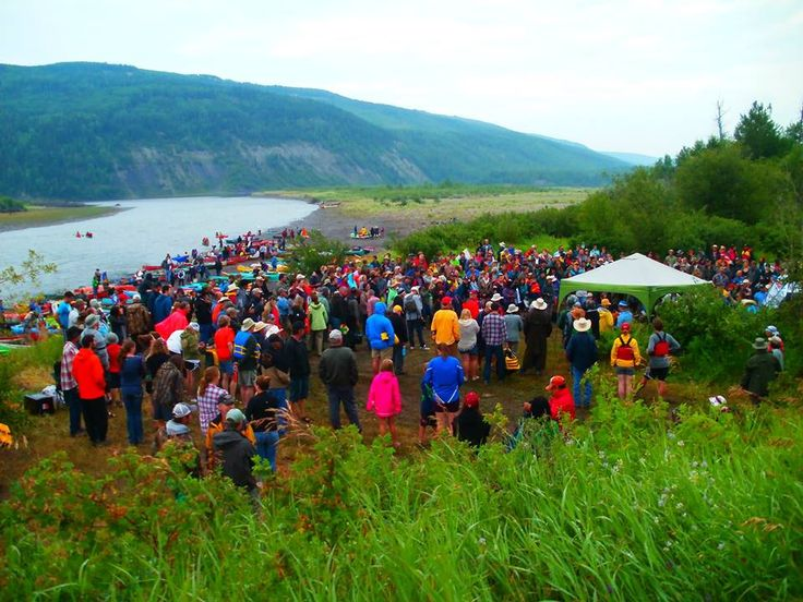 Check out some photos from Saturday's #PaddleForThePeace: http://ow.ly/PErpU
