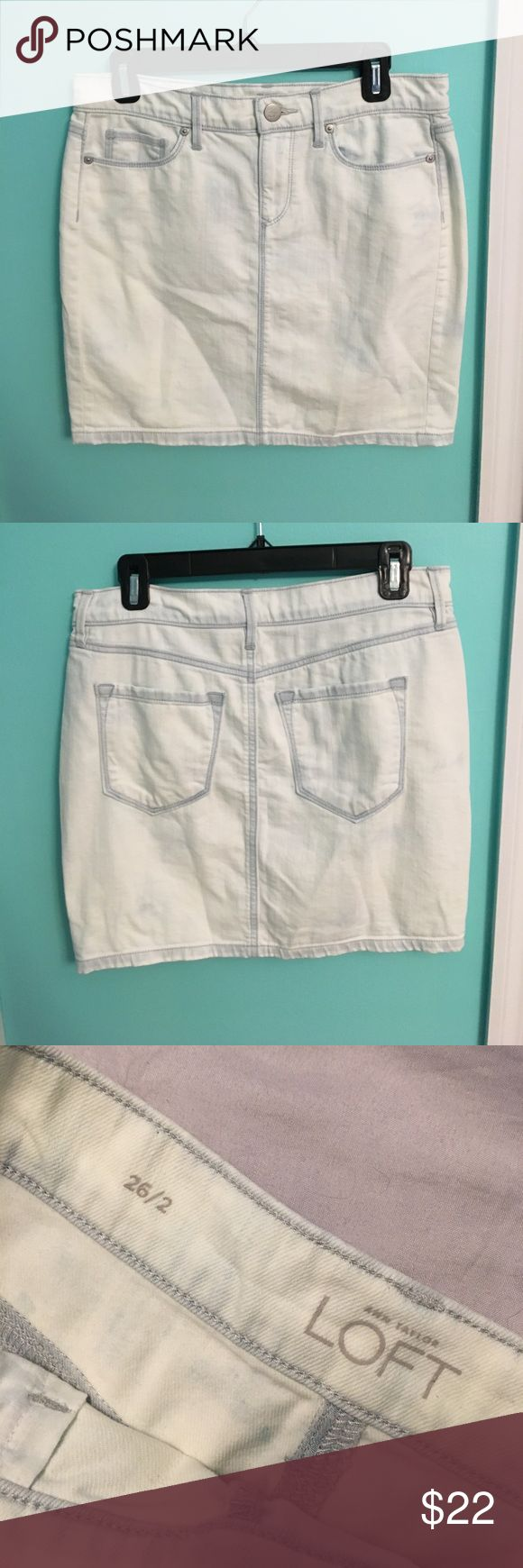 """LOFT Light Wash Denim Skirt Adorable LOFT skirt. Meant to sit on your hips. Perfect condition. Never worn. According to LOFT clothes, a size 2 is a 26"""" waist. LOFT Skirts Mini"""