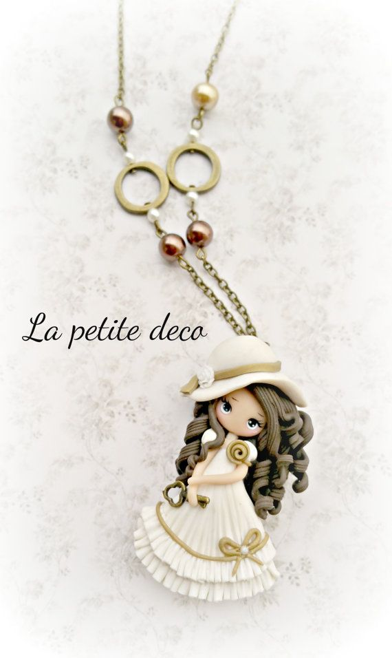 dream dolly  necklace