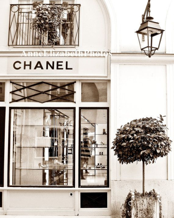 My little apartment above the Chanel store in Paris...don't I wish...