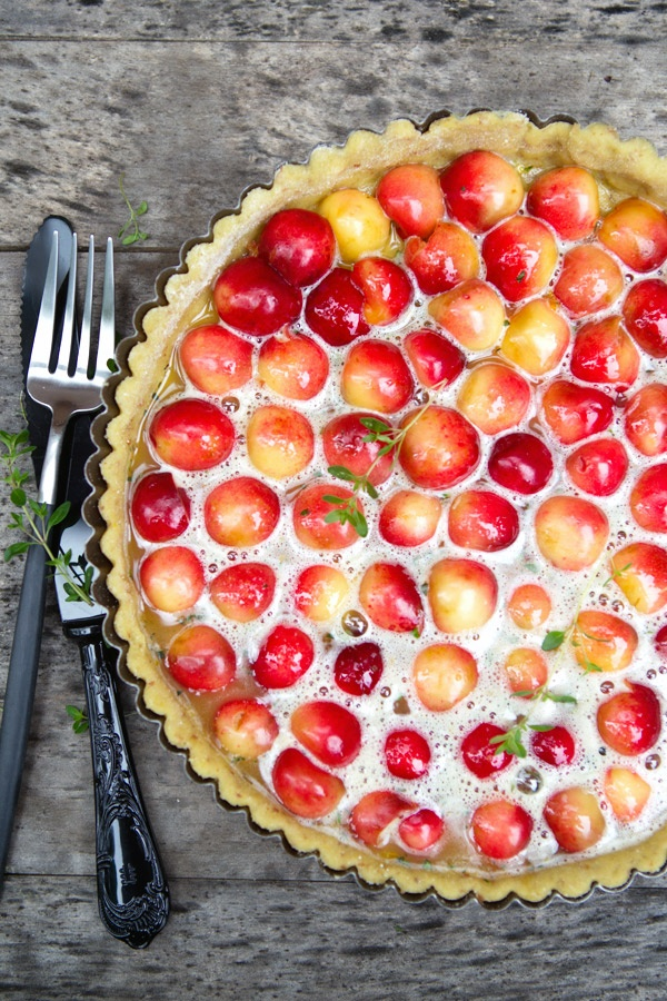 Gluten Free Cherry Tart! Great healthy recipe, so delicious! | latartinegourmande