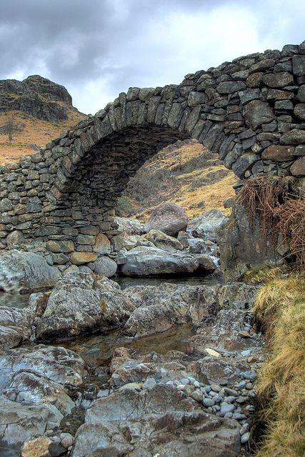 Lingcove packhorse bridge in Eskdale, Cumbria UK.