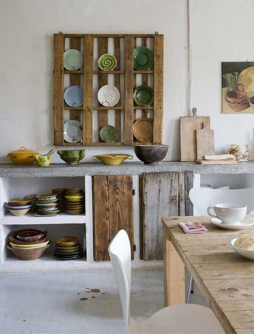 """""""Creativity, a passion for simplicity, and dedication to the reclamation and re-use of materials, combined with unusual and individual treatments and processes, make ordinary objects extraordinary"""" is the motto of furniture maker and interior designer Katrin Arens, the owner of this gorgeous house in the Lombardy region, in Italy."""