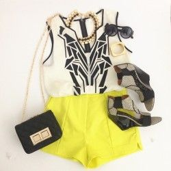 loves it. neon yellow, black, gold