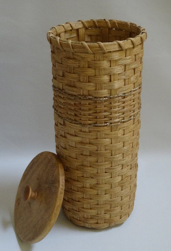 Toilet Paper Basket With Lid Bathroom Tissue Basket Tall Handwoven Basket With A Lid Handwoven Basket Basket Paper Basket Basket Weaving Patterns