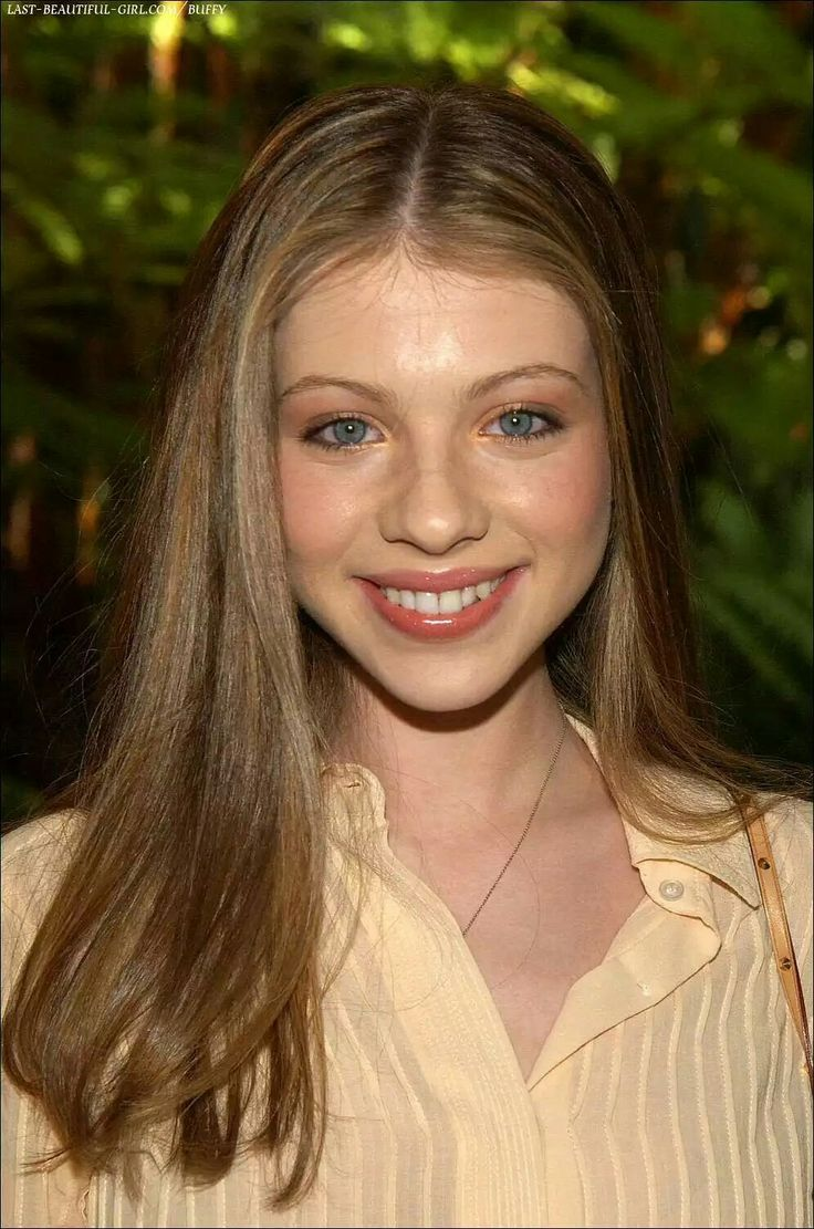 Pin By David Cunningham On Michelle Trachtenberg